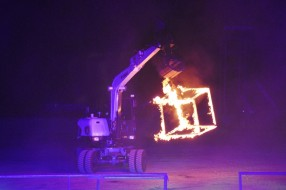 SMART_PRODUCTION_2015_Doosan_Bobcat_Show_37